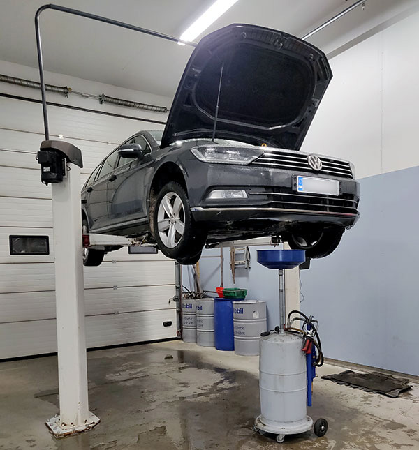 Volkswagen huolto käynnissä